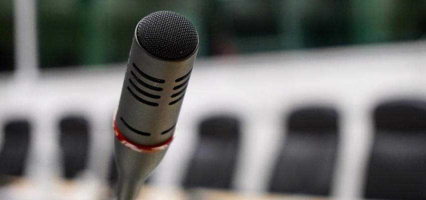 ¿Hasta dónde va la libertad de expresión de las autoridades del Estado?